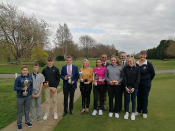 Prize winners at the Roger Jennings & Peggotty Cup