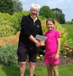 13 Hole winner - Yasmin Bass